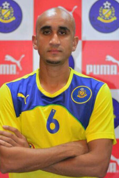 Zesh joining Pahang